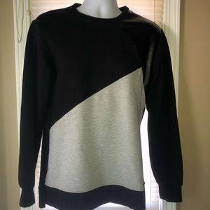 Guess Pullover Shirt Two tone NWOT